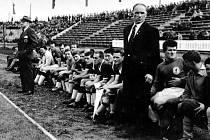 Mužstvo FC Liverpool při utkání v Mostě.