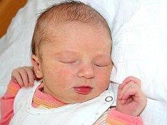 Mamince Jitce Říčařové z Mostu se 5. srpna v 0.35 hodin narodila dcera Anna Švandrlíková. Měřila 55 centimetrů a vážila 3,52 kilogramu.
