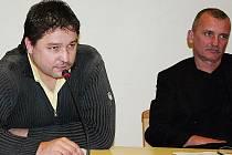 Litvínovský zastupitel Robert Kysela ( SNK ED) na pondělním jednání ostře kritizoval koalici, která sestavila návrh rozpočtu pro město Litvínov na příští rok za to, že se neporadila i s opozicí.