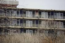 Opuštěná budova infekčního oddělení v mostecké nemocnici. Ilustrační foto