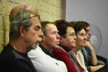 Obyvatelé mostecké části Souš čekají na výsledky hlasování o vyhlášce. Byla schválena.