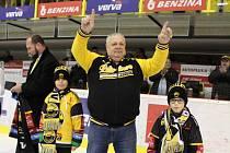 Zápas s Plzní byl pro litvínovského vedoucího mužstva Miroslava Rykla 2000. zápase v extralize. Slouží v týmu už 37 sezon.