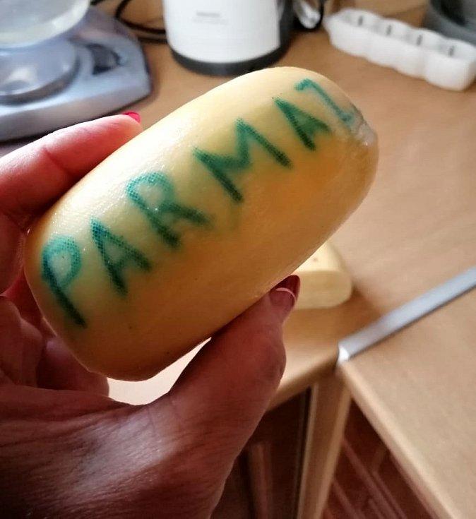 Parmezán zraje i několik let