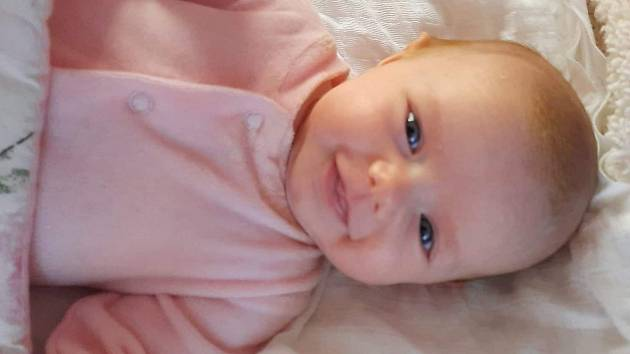 Vivien Iveta Kibalová se narodila 9. listopadu 2020 ve 12.38 hodin v Chomutově, rodičům Veronice Kibalové a Vladimíru Chlebečkovi. Měřila 48 cm a vážila 2,6 kg.