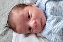Arpád Tobiáš Szatmari  se narodil mamince Janě Peterové 9. 6. 2020 v Chomutově ve 14.11 hodin. Měřil 49cm a vážil 2,9 kg.