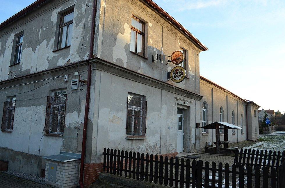 Sokolovna v Havrani.