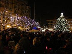 Rozsvěcení vánočního stromu v Mostě.