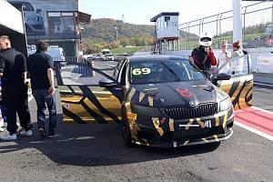 Poslední srpnový den na autodromu je vyhrazený speciálům OCR.