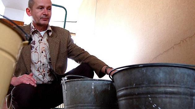 Ředitel knihovny Tomáš Ondrášek na archivním snímku.