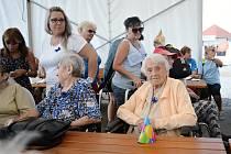 Setkání seniorů na mosteckém hipodromu