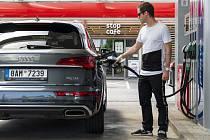 Za tankování u Benziny ORLEN můžete vyhrát  luxusní Audi Q5.