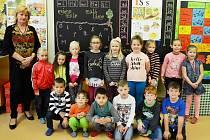 Žáci 1.C ve 14. ZŠ Most s třídní učitelkou Pavlou Madarovou.