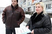 Radek Grundza z Romského křeťanského sdružení a Jitka Kokyová ze Sdružení janovských obyvatel.