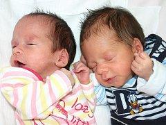 Mamince Blance Štikové z Mostu se 31. května narodil v 16.15 syn Samuel Tokár, měřil 43 centimetrů a vážil 2,17 kilogramu a v 16.19 hodin dcera Veronika Tokárová, měřila 42 centimetrů a vážila 1,67 kilogramu.