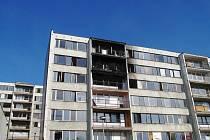 Blok F1 nechal Krušnohor být v roce 2013. Doslova za pár dní se z něj stalo smetiště. Několikrát v něm hořelo.
