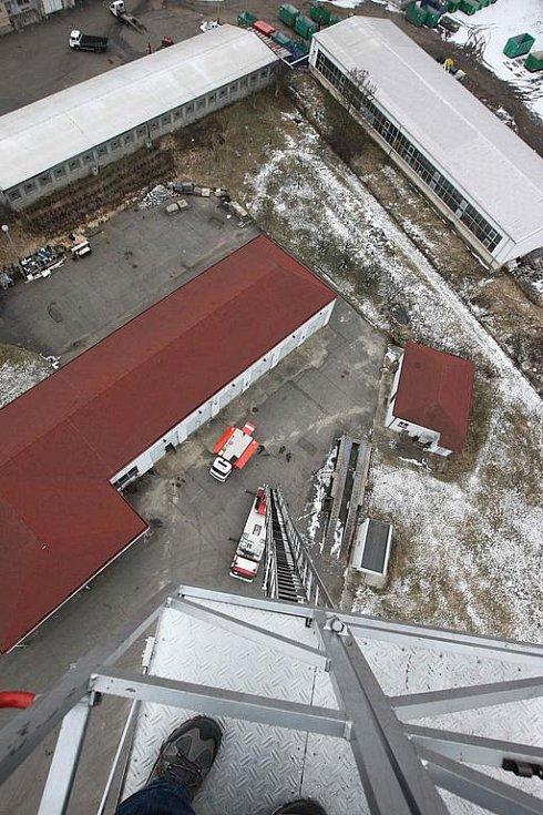 Pohled na Velebudice z automobilového hasičského žebříku