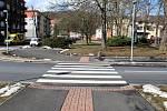 Jedním z přechodů, které čeká oprava je na křižovatce ulic Tyrše a Fügnera, Ruské a Opltovy.