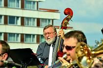 První letošní promenádní koncert v Mostě.
