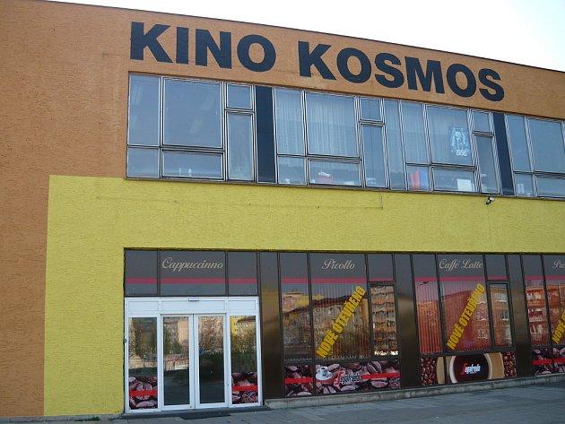 Kino Kosmos, pohled zepředu.