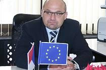 Místopředseda FK Baník Souš Josef Tancoš. Ten je zároveň i poslancem parlamentu za ČSSD.