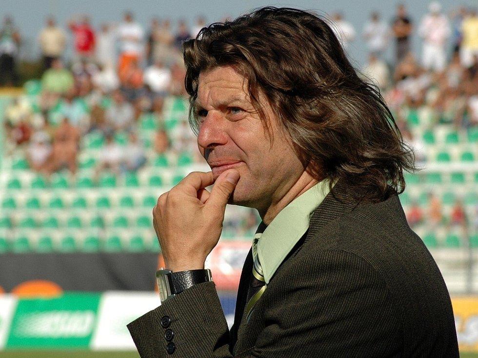 Trenér Mostu Robert Žák.