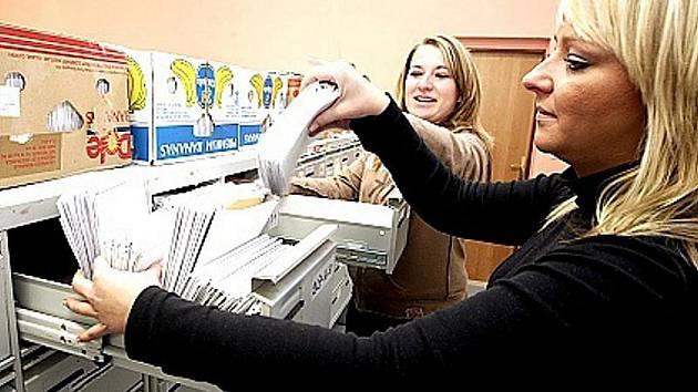 Úředníků je na litvínovské radnici méně. Ilustrační foto.