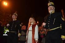 Tradiční hornický průvod v čele s patronkou havířů svatou Barborou v Mostě.
