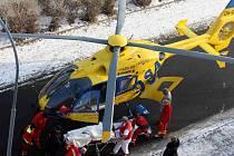 U dopravní nehody zasahoval vrtulník záchranky