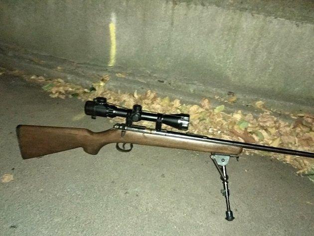 Nalezená puška s dalekohledem
