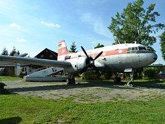 Dvoumotorový dopravní letoun Iljušin Il – 14, bývalé východoněmecké dopravní společnosti Interflug je dominantou Leteckého muzea v saském městečku Cämmerswalde. Dá se vejít dovnitř a důkladně si jej prohlédnout.