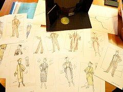 Návrhy kostýmů.