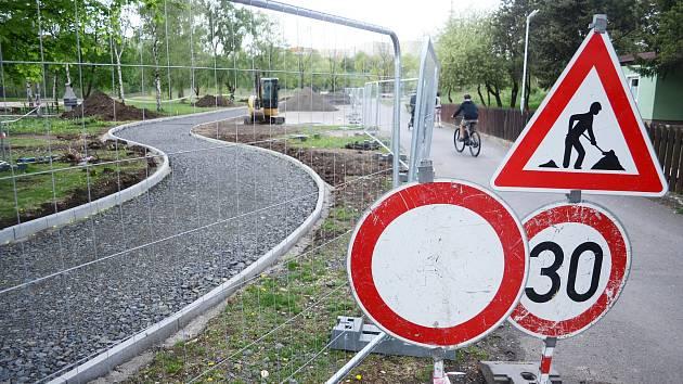 V rekreačním areálu Benedikt bude bezpečnější okružní stezka.
