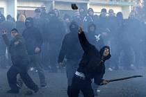 Po pokusu o protiromský pogrom v Janově v roce 2008 pronikly do programů tradičních volebních stran opatření proti tzv. nepřizpůsobivým. Letošek není výjimkou.