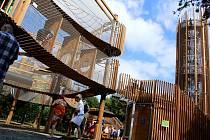 V Mostě na Šibeníku otevřeli nový zábavný park s 3D bludištěm a vyhlídkovou věží