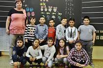 Žáci 1.A 5. ZŠ Most s třídní učitelkou Dagmar Davidovou.