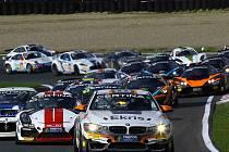 Nový šampionát GT4 pro střední Evropu zavítá i na mostecký autodrom.