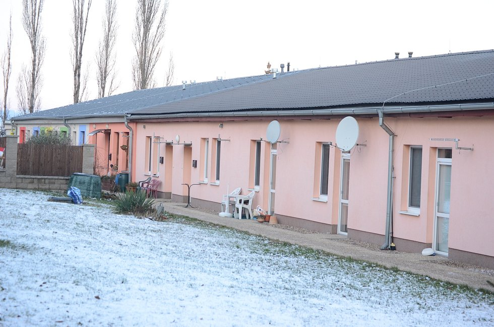 Obec Havraň v pondělí 25. ledna ráno.