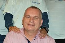 Bronislav Schwarz při oslavě volebního vítězství v roce 2014.