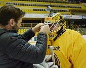 Příznivci hokejového Litvínova si zachytali s Verou.