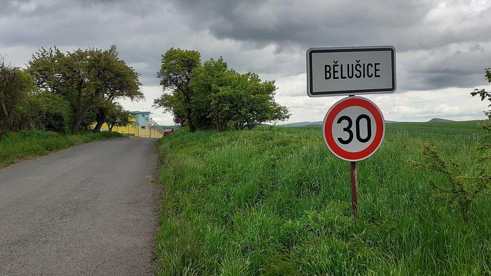 Obec Bělušice.