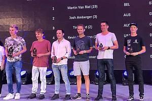 Litvínovský triatlonista Jakub Langhammer (vpravo) šestý v Číně.
