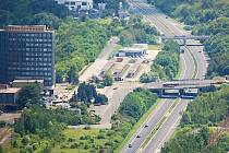 Pohled z mosteckého Hněvína.