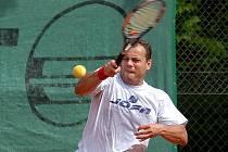 Letošního ročníku Amater Tenis Open se zúčastnil i hokejista Jan Vopat. Hrál vedlejší soutěž.
