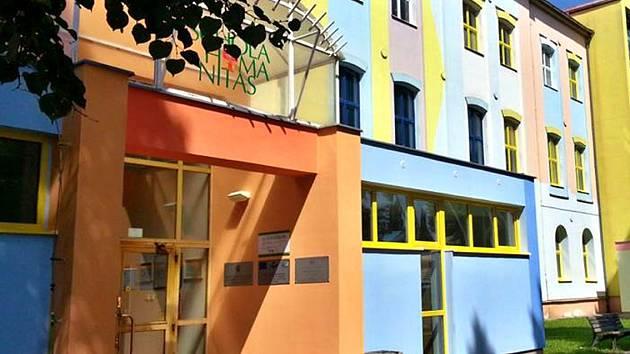 Schola Humanitas v Litvínově bude rekonstruovat učebny.