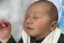Matyáš Blecha se narodil mamince Karolíně Venhauerové z Mostu 8. srpna ve 2.34 hodin. Měřil 49 cm a vážil 2,87 kilogramu.