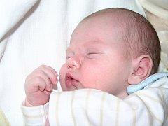 Mamince Evě Pechové z Mostu se 25. října v 15.15 hodin narodil syn Jakub Pova. Měřil 56 centimetrů a vážil 4,27 kilogramu.