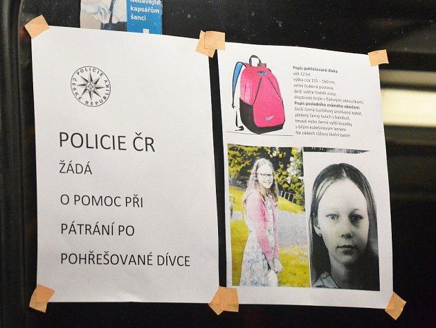 Letáky po ústecké MHD.