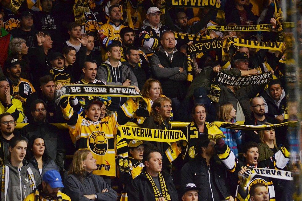 Fanoušci HC Verva Litvínov. Archivní foto