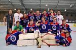 Starší dorostenci hokejbalového Kovodemontu mají v extralize bronzové medaile.