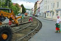Na rekonstrukci komunikací, chodníků, veřejných prostranství a osvětlení vyčlenilo město na rok 2014 částku 38 milionů korun.